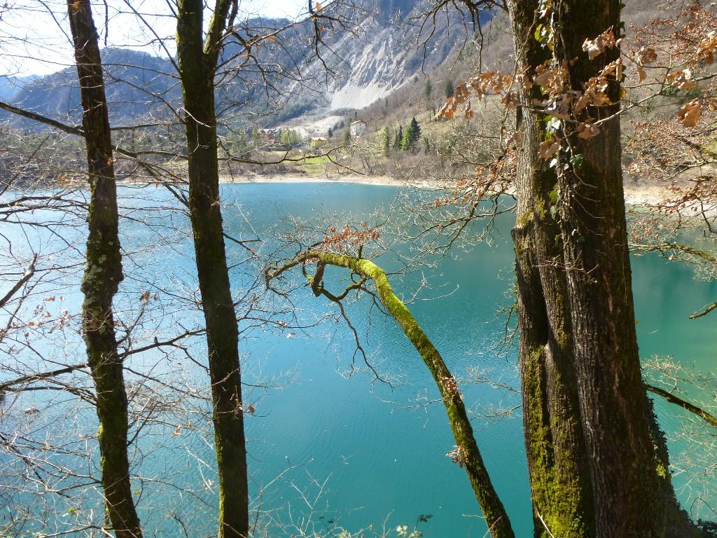 zwischenstopp-italien-lago-di-tenno-5-copyright-lisa-k-schuermann
