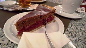 Stärkung bei Kaffee und Kuchen im historische Café Seelos in Sigmaringen, Foto von Lisa K. Schuermann