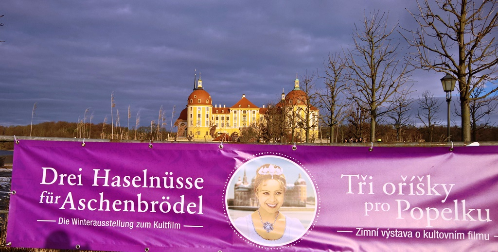 Bis in den Februar lädt Schloss Moritzburg noch zur Aschenbrödel-Ausstellung, © Lisa K. Schuermann