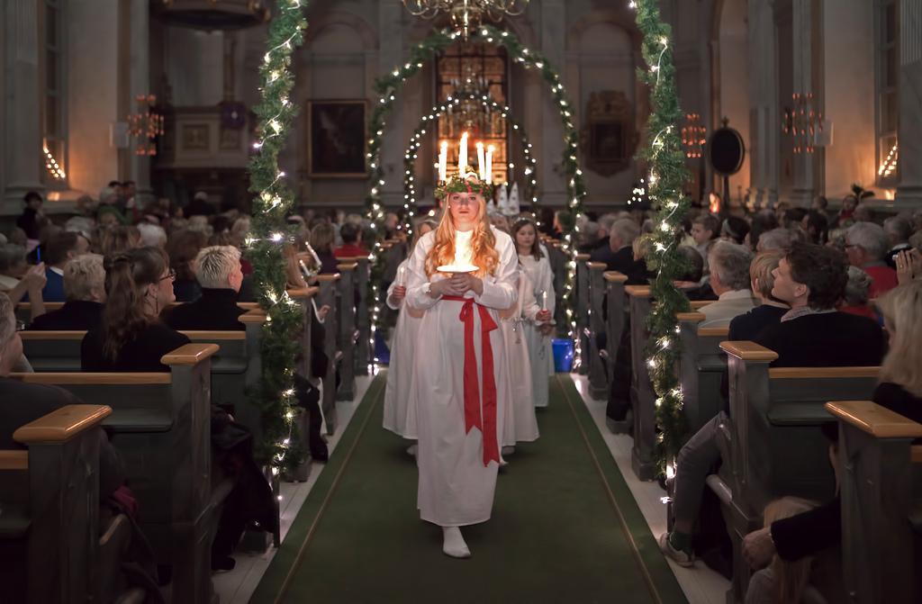 Skandinavischer Advent: Sankta Lucia in der Kirche von Vaxholm, Dezember 2011, © Bengt Nyman, CC BY 2.0
